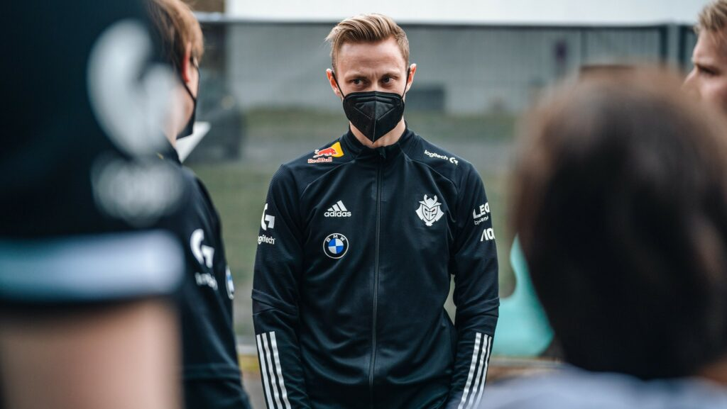 Rekkles of G2 Esports outside during the 2021 LEC Spring Playoffs